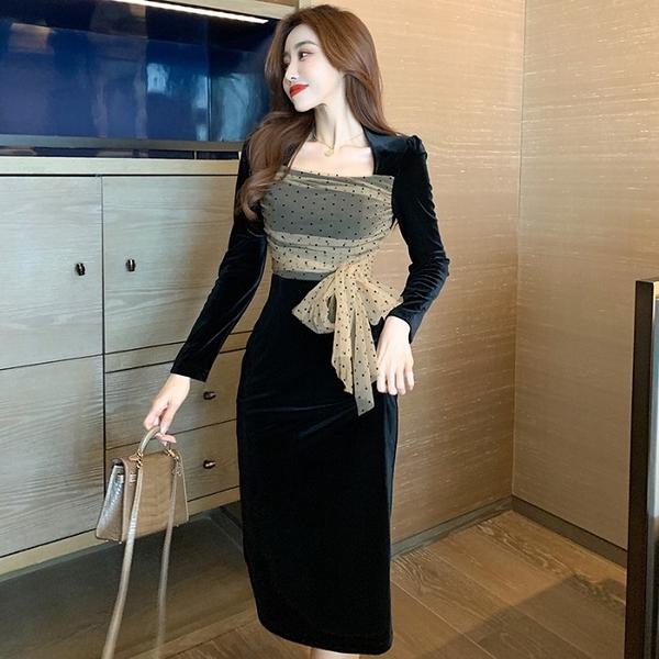 洋裝 方領絲絨時尚優雅小黑裙女2021秋冬新款法式名媛修身中長款連衣裙 歐歐