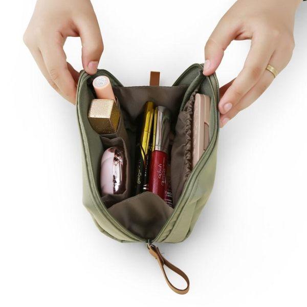 化妝包簡約韓國淑女迷你洗漱包防水小號便攜手拿隨身旅行收納包袋  居家物語