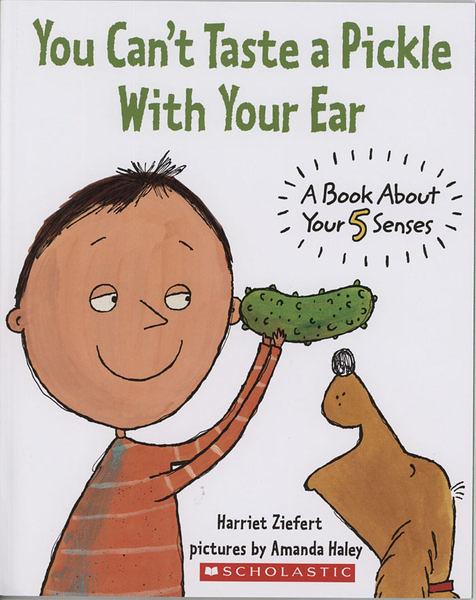 【麥克書店】YOU CAN'T TASTE A PICKLE WITH YOUR EAR:A BOOK ABOUT YOUR 5 SENSES / 英文繪本