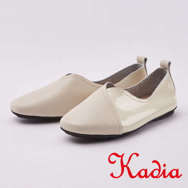 kadia.樂活休閒 嚴選牛皮拼接素面平底鞋(0042-00米色)