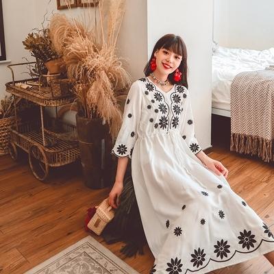 度假洋裝 波西米亞民族風刺繡寬松收腰系帶旅游度假連身裙三色NE603韓衣裳