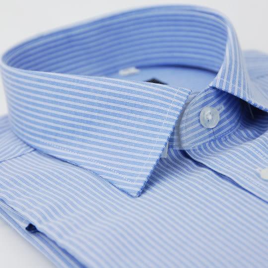 【金‧安德森】藍底白條紋窄版短袖襯衫