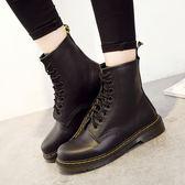 女短靴 馬丁靴子 真皮機車靴粗跟系帶歐美騎士靴子中筒靴女秋冬平底靴《小師妹》sm3081