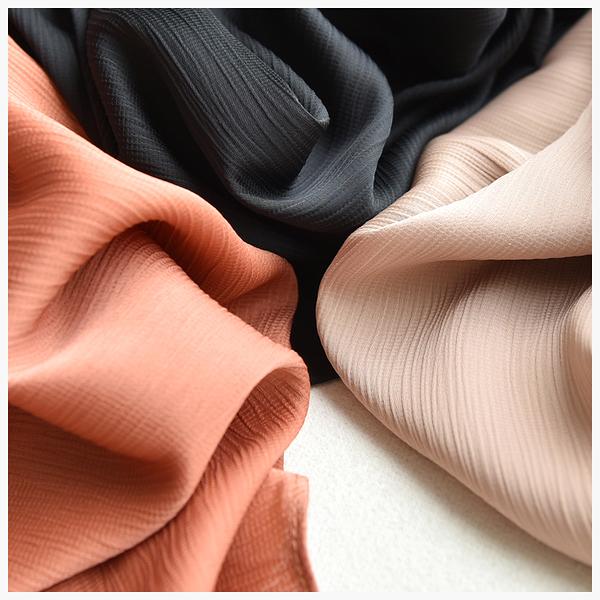 [超豐國際]W   與生俱來的優雅感 壓皺 純色 無袖連衣裙