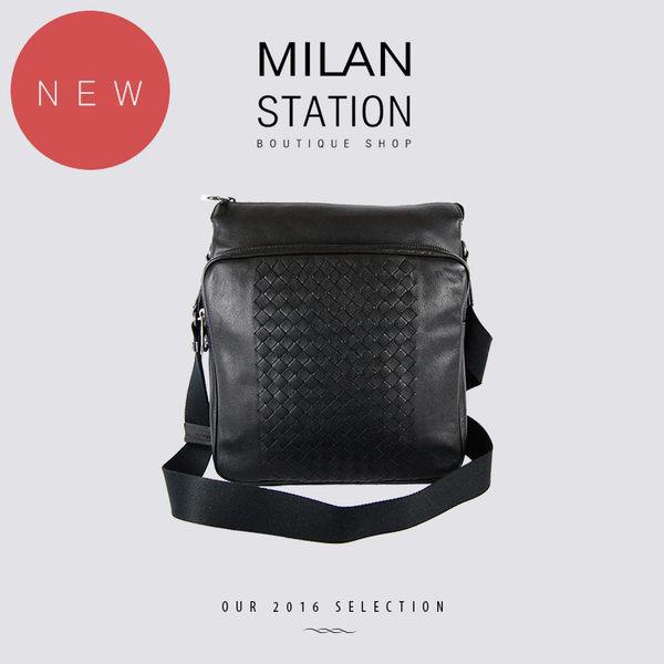 【台中米蘭站】全新品 BV BOTTEGA VENETA 半編織前拉鍊袋斜背包(黑)