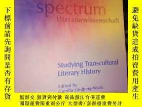 二手書博民逛書店Studying罕見Transcultural Literary