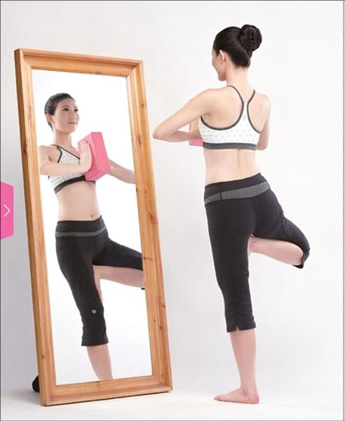 (二手書)史上最強!超纖瘦 瑜伽磚分段塑身法:發燒名師教妳用「一塊磚」做對瑜伽,..
