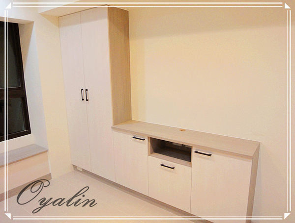 【系統家具】臥房化妝櫃跟窗邊櫃結合設計