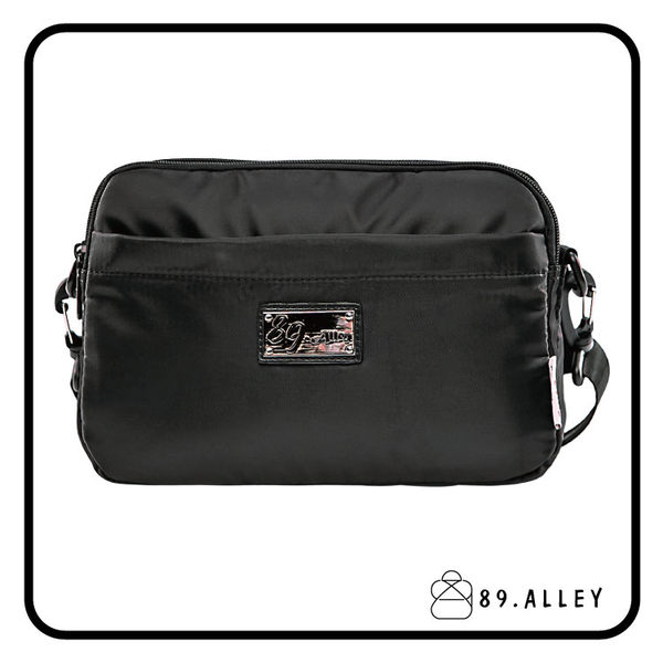 側背包 女包男包 黑色系防水包 輕量尼龍雙層鐵牌情侶斜背包 89.Alley ☀1色 HB89148