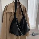 斜背包側背包大容量女包時尚百搭托特包【邻家小鎮】