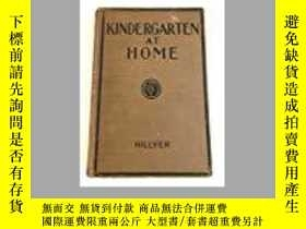 二手書博民逛書店Kindergarten罕見at HomeY28384 V. M