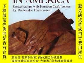 二手書博民逛書店Handmade罕見in America - Conversations with Fourteen Crafts