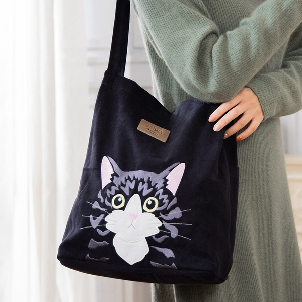 Kiro貓 賓士貓 刺繡 外出休閒 肩背包/手提袋【810099】