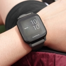 GARMIN / 010-02427-50 / Venu Sq GPS 智慧腕錶 健康偵測 多種運動模式 矽膠手錶 深碳色 40mm