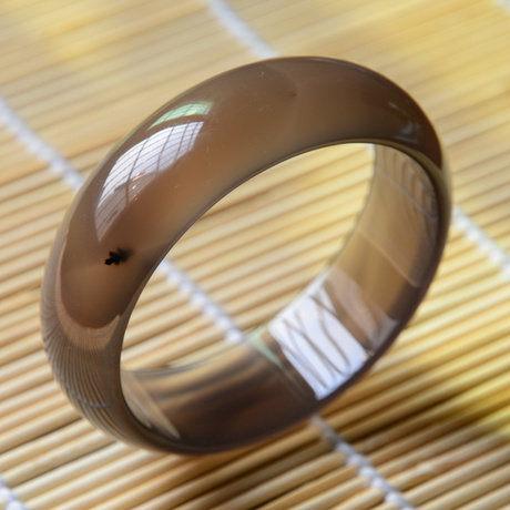手鐲 水晶 瑪瑙 灰紫玉髓 水潤光澤 螢光 松枝水草 56mm