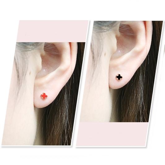 316L醫療鋼 小黑色紅色 四葉幸運草 旋轉式耳環-金、銀 防抗過敏 單支販售