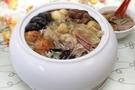 億長御坊首選必買商品之一。冰糖蓮藕乃是正宗杭州的極品甜點與經典佛跳牆特惠組合。