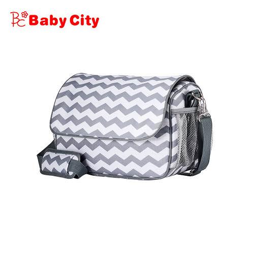 Baby City 娃娃城 嬰兒車多功能時尚收納袋(淺灰千鳥紋)
