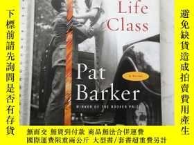 二手書博民逛書店Life罕見Class 精裝Y385290 Pat Barker Doubleday ISBN:9780385
