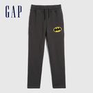 Gap男童 Gap x DC正義聯盟系列印花鬆緊休閒褲 594833-灰黑色