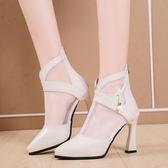尖頭靴 防水臺白色時尚網紗涼靴子2020春秋新款尖頭法式高跟涼鞋粗跟女鞋 阿卡娜