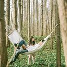 吊床 純棉帆布本白色吊床 帶木桿單人室內戶外休閒 成人野露營秋千攝影 免運 維多原創 DF