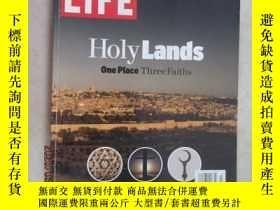 二手書博民逛書店英文書;HOIY罕見LANDS ONE PIACE THREE FAITHS 共128頁 12開 詳見圖片Y1