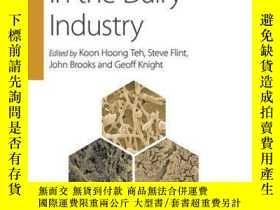 二手書博民逛書店Biofilms罕見in the Dairy IndustryY410016 Koon Hoong Teh (