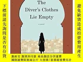 二手書博民逛書店The罕見Diver s Clothes Lie EmptyY256260 Vendela Vida Ecco