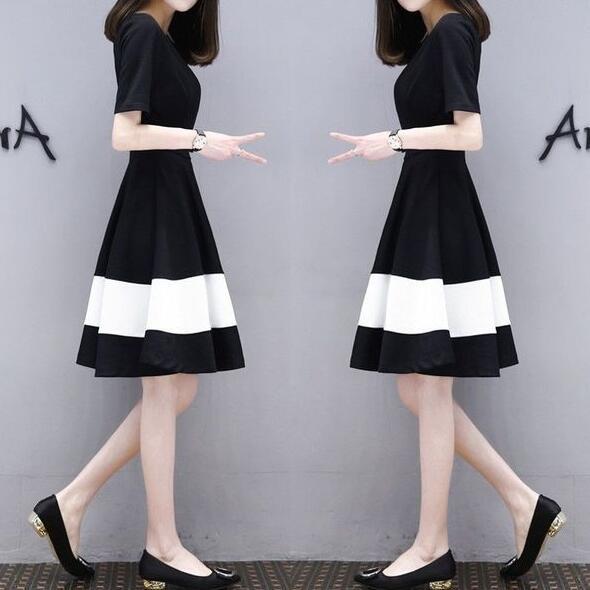 連身裙 t恤裙 裙子M-3XL韓版顯瘦大碼黑白拼接中長款A字連身裙4F120.412 依品國際
