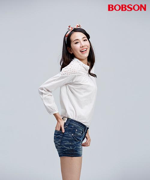 BOBSON 女款平織布鬆版米白上衣(35074-81)