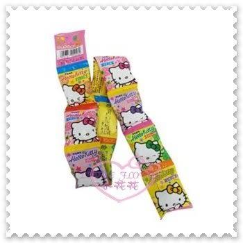 ♥小花花日本精品♥ Hello Kitty 口香糖 橘子 草莓 葡萄 檸檬口味4粒x10袋裝 日本限定 90116407