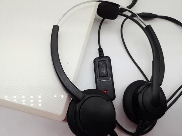 雙耳辦公室總機頭戴式電話耳機 通話聲音清晰響亮 當日下單出貨 仟晉公司保固6個月