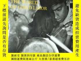 二手書博民逛書店Before罕見Their Time: The World of