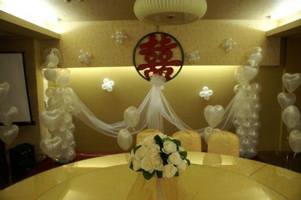 情意花坊超級商城-婚禮會場鮮花氣球佈置8000元(台北南京東路喬園素菜餐廳)