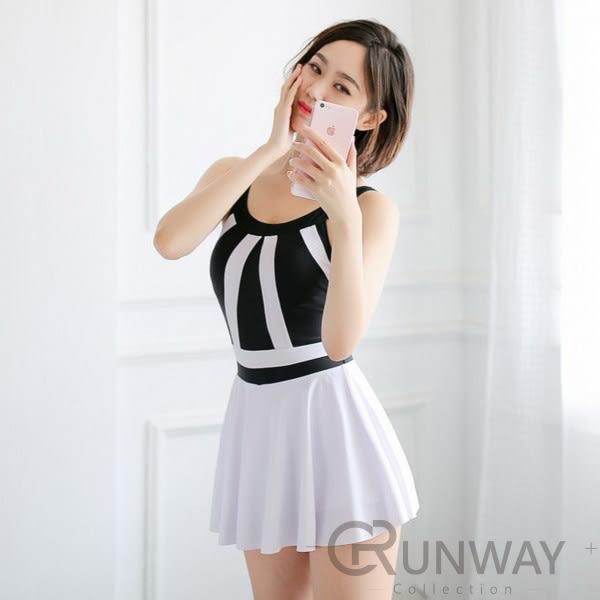 【R】黑白配色 線條設計 小洋裝風格 連身泳裝 泳裝 集中鋼圈 裙式 泳衣