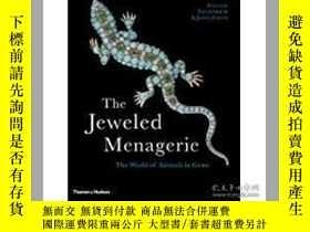 二手書博民逛書店The罕見Jeweled Menagerie: The Worl