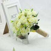手捧花 白色薔薇手捧花女拍照婚紗照攝影道具仿真韓式婚禮新娘小手拿花束   唯伊時尚igo