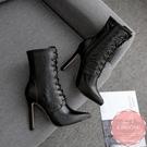 高跟短靴 蛇紋黑色馬甲綁帶 騎士靴 中靴 踝靴*KWOOMI-A111