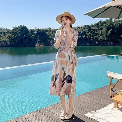 洋裝~9270#設計感法式小眾雪紡連身裙高端氣質收腰V領度假裙H325胖妞衣櫥