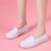 護士鞋護士鞋女軟底2020春秋季新款韓版白色平底坡跟透氣防滑休閒單鞋女 衣間迷你屋