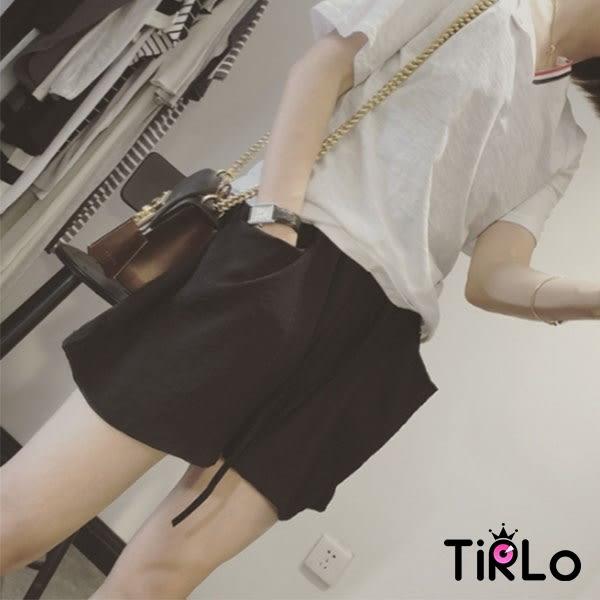 短褲-Tirlo-輕薄舒適雙邊口袋五分休閒褲-兩色(現+追加預計5-7工作天出貨)