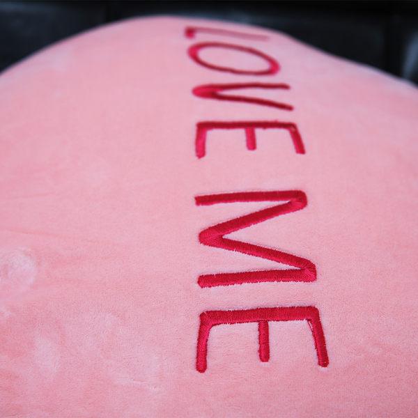 Love Me對話框抱枕-生活工場