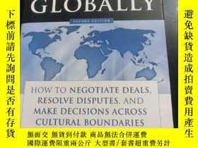二手書博民逛書店Negotiating罕見Globally: How To Negotiate Deals Resolve Dis