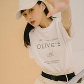 Queen Shop【01039002】簡約OLIVES刷舊印字上衣*現+預*