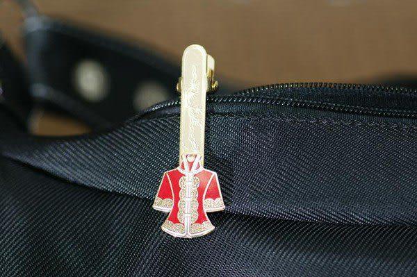 【鹿港窯】景泰藍夾式皮包鎖圈‧幸運草‧出外公差‧旅行‧方便你快速拿到鑰匙