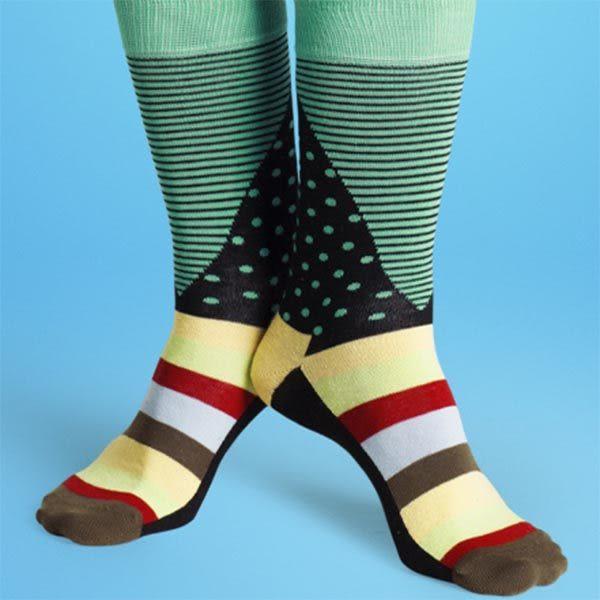 『摩達客』瑞典進口【Happy Socks】綠藍橫紋圓點中統襪(60112081023)