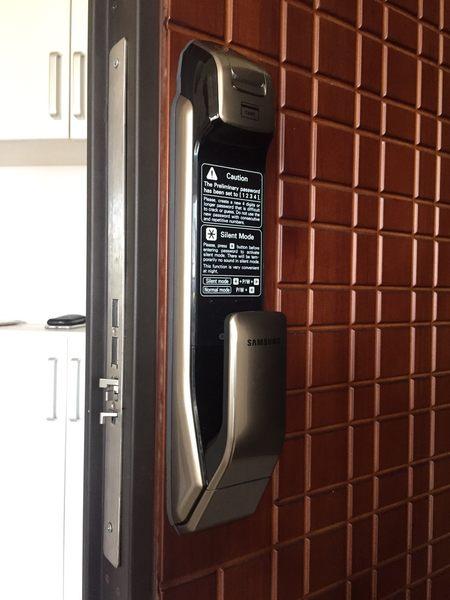 三星電子鎖SHP-DP728 新款推拉式電子門鎖 藍芽開門紀錄回家時間(包含施工)