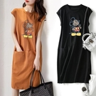 線條感卡通印花雙口袋洋裝 獨具衣格 J3693