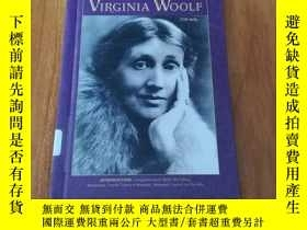 二手書博民逛書店WOMEN罕見IN THE ARTS:VIRGINIA WOOL